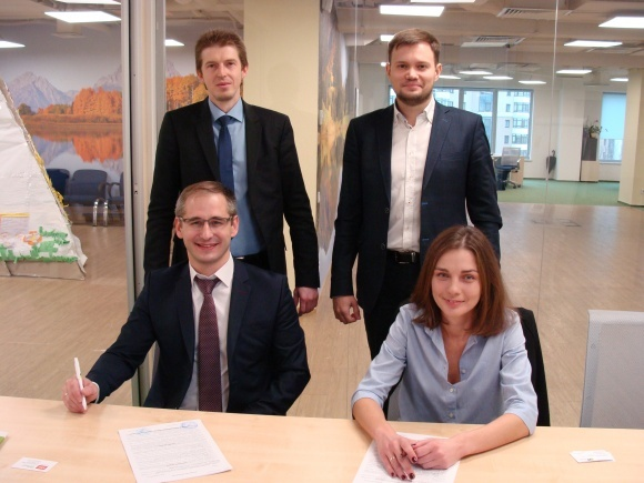 «Агропросперіс Банк» та виробник елеваторного обладнання KMZ Industries пропонують аграріям програму кредитування фото, ілюстрація