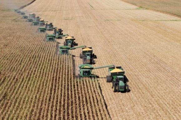 Основні зернові експортні конкуренти України - РФ і Казахстан фото, ілюстрація