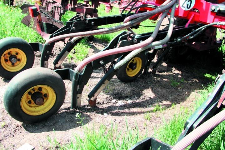 Сошники для посева семян и удобрений Seed Hawk